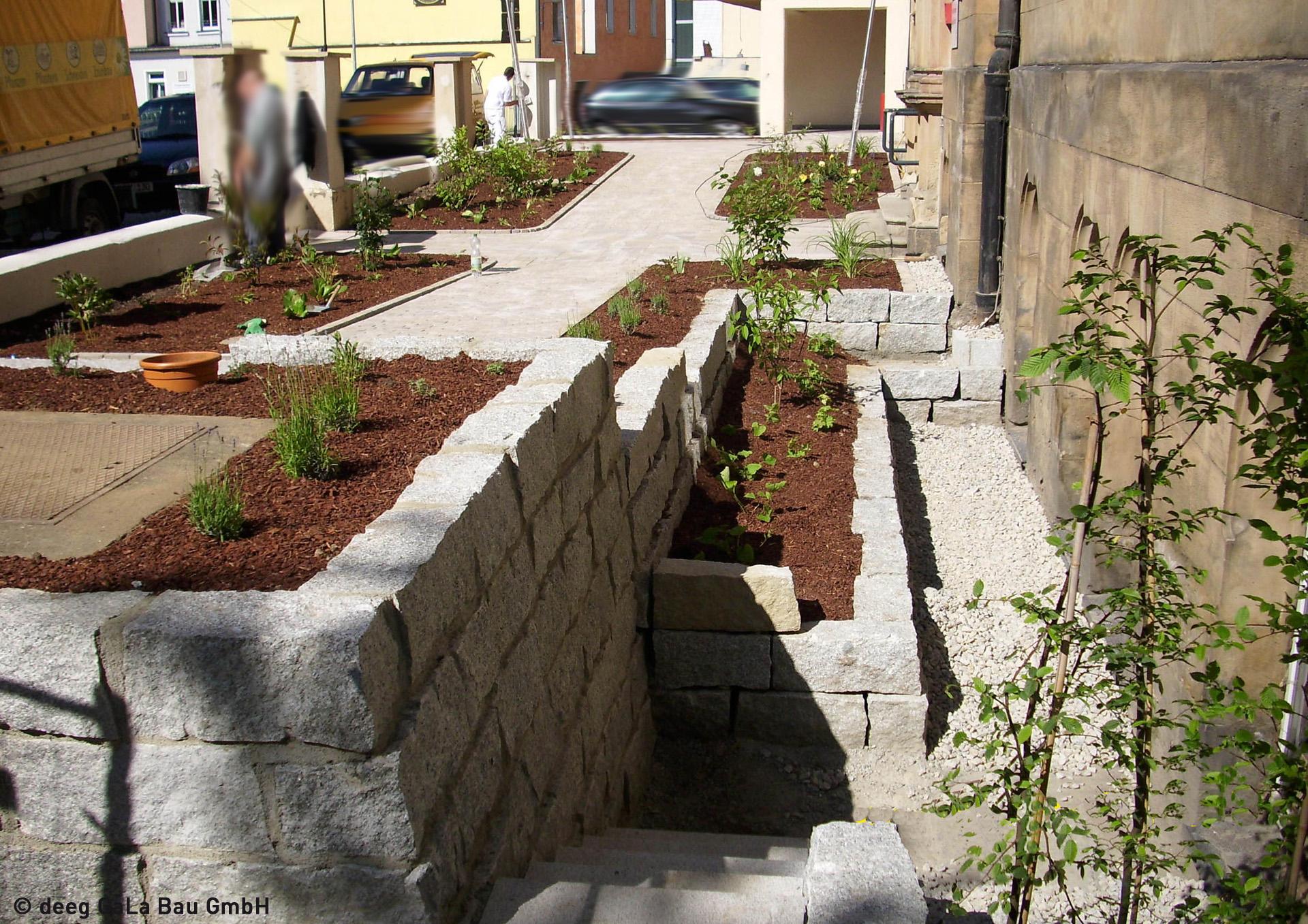 Garten Aussenanlage Natursteinmauern