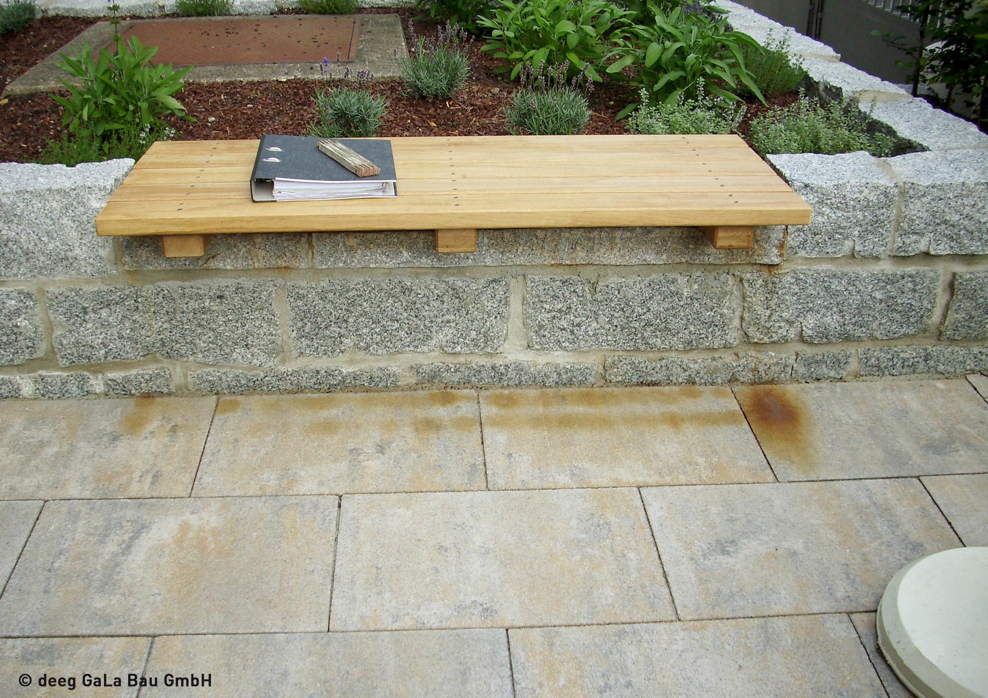 Garten Natursteinmauer Sitzplatz